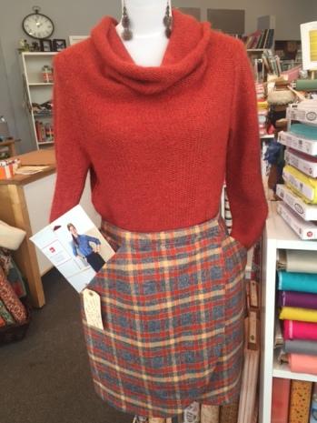 City Stroll Skirt